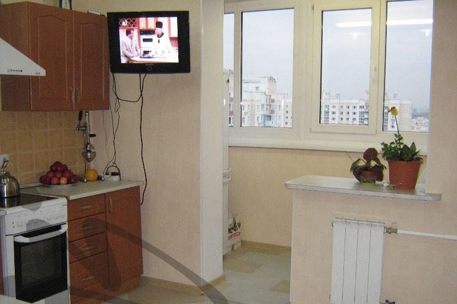Кухни с индивидуальным отоплением с балконом совмещенным..