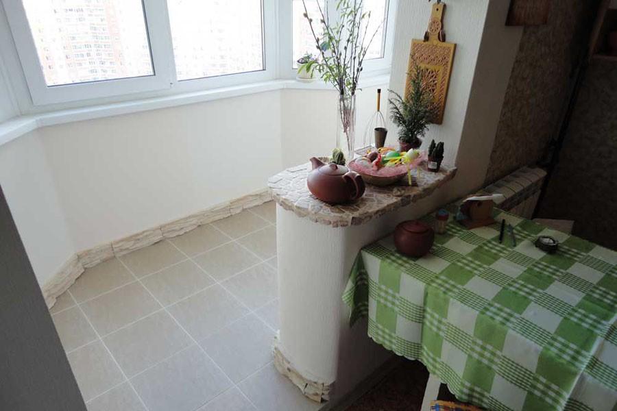 Дизайн кухни две двери